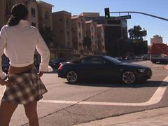 Street hooker engulfing knob in the car