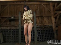 Rod punishment for beauty's cunt