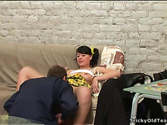 Pounding sweetheart's taut wet crack