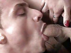 Shemale Dick Sucked